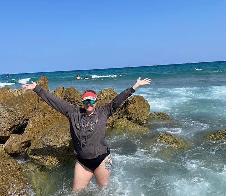 Hilary in Deerfield Beach with the signature pose